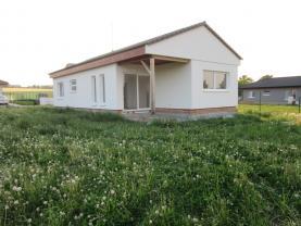Prodej, rodinný dům, 771 m2, Šťáhlavy, ul. V Zahradách
