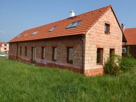 Prodej, rodinný dům 5+1, 190 m2, Mažice