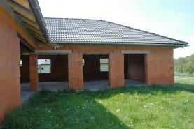 (Prodej, rozestavěný rodinný dům, 230 m2, Milhostov), foto 2/10