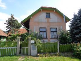 House, Nymburk, Sloveč