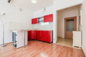 Pronájem, byt 1+kk, 37 m2, Praha 5 - Řeporyje, ul. Dělená