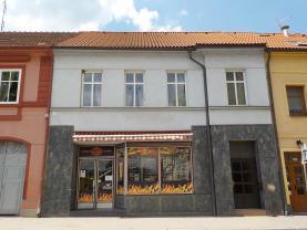 Prodej, bytový dům, Blovice, Masarykovo náměstí.