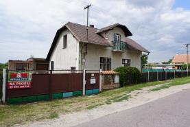 Prodej, rodinný dům 2+kk, 2307 m2, Uhersko