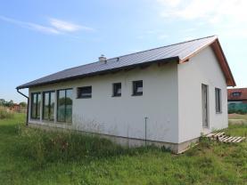 Prodej, rodinný dům 4+kk, 829 m2, Svinčany