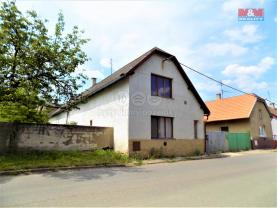 Prodej, rodinný dům, 6+2, 785 m2, Přistoupim