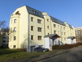 Prodej, byt 2+kk, Pardubice, ul. Na Labišti