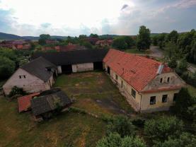 Prodej, rodinný dům - zemědělský objekt, 2636 m2, Václavice
