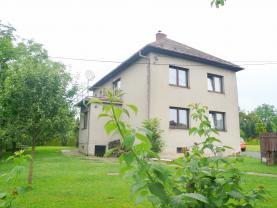 Prodej, rodinný dům 6+2, 2102 m2, Veřovice