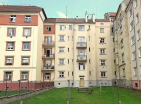 Prodej, byt 2+1, 59 m2, Cheb, ul. Na Hradčanech