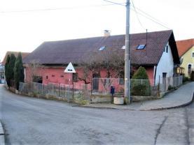 Prodej, rodinný dům 2+1, 323 m2, Vilémovice