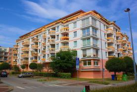Pronájem, byt 3+KK, 96 m2, Praha 8