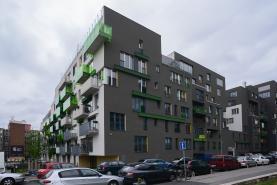 Prodej, byt 1+kk, 43 m2, Praha 10 - Vršovice, zahrada 38 m2