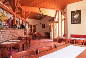 Prodej, Restaurace - stravování, 298 m2, Klecany