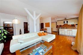 Prodej, byt 5+kk, 157 m2, garáž, terasa, Praha 1, ul. Černá