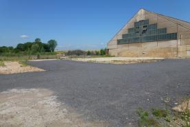 Pronájem, Provozní plocha, 2000 m2, D. Jirčany
