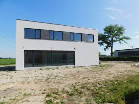 Prodej, rodinný dům 4+kk, 831 m2, Písková Lhota