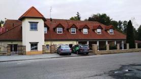 Prodej, restaurace s penzionem, 550 m2, Tovačov