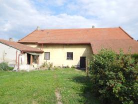 Prodej, rodinný dům, 1036 m2, Černuc