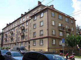 Pronájem, byt 2+kk, Pardubice, ul. Sladkovského