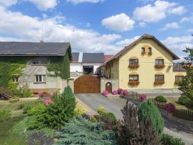 Prodej, rodinný dům, 4158 m2, Pustějov