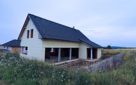 Prodej, rodinný dům 5+1, 210 m2, Bratronice