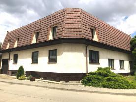 Prodej, rodinný dům, 250 m2, Blatnice pod Svatým Antonínkem