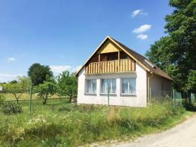 Podej, rodinný dům 2+1, 4282 m2, Moraveč, Chotoviny