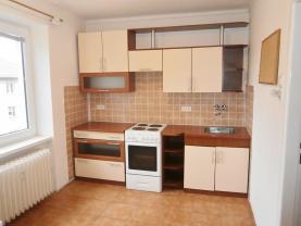 Prodej, byt 1+1, 33 m2, Karlovy Vary, ul. Závodu míru