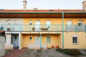 Prodej, byt 2+kk, 62 m2, Nehvizdy