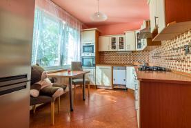 Prodej, byt 4+1, 90 m2, Ostrava, ul. Výškovická