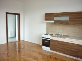 Pronájem, byt 2+kk, Krnov, ul. Petrovická