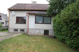 Prodej, rodinný dům 4+1, 853 m2, Loštice