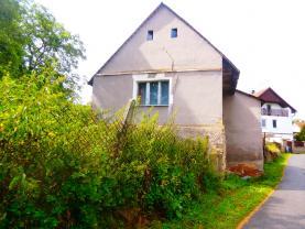 pohled z boku (Prodej, rodinný dům, 2+1, Všesulov)