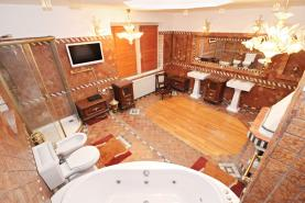 koupelna (Prodej, rodinný dům, Kamenický Šenov), foto 4/45