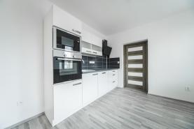 Prodej byt 3+1 70 m2, po rekonstrukci, Lovosice, Kostelní