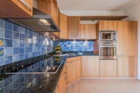 Prodej, dům 5+1, 524 m2, Rudná u Prahy