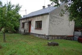 Prodej, rodinný dům 2+1, 1214 m2, Bušín