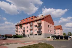 Prodej, byt 3+KK, 60 m2, OV, Chýně, 153 m2 zahrada