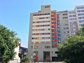 Pronájem, byt 2+kk, 69 m2, Praha 4, ul. Steinerova