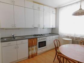 Prodej, byt 3+1, 76 m2, Olomouc, ul. Jarmily Glazarové
