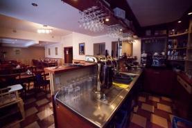 bar (Prodej, penzion, 520 m2, Komorní Lhotka), foto 2/10