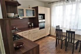 (Prodej, byt 3+1, 65 m2, Moravská Ostrava)
