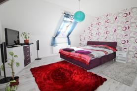 Prodej, byt 3+kk, 88 m2, Štěnovice, ul. Lipová