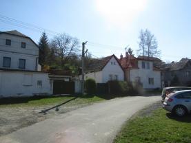 Prodej, rodinný dům, 590 m2, Svojšice