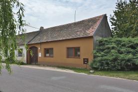 Prodej, rodinný dům 4+1, 620 m2, Strachotice - Micmanice