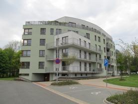 Pronájem, byt 3+kk, 82 m2, Pardubice - Labský Palouk