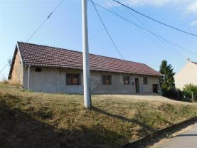 Prodej, rodinný dům 5+2, 907 m2, Kojátky