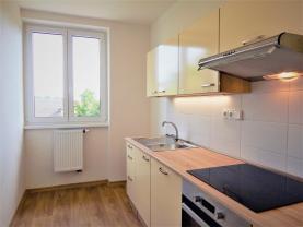 Prodej, byt 3+1, 60 m2, Úmyslovice