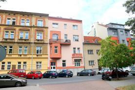 Pronájem, obchodní prostory, 64m2, Plzeň
