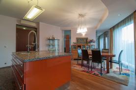 (Prodej, atypický byt 7+1 296 m2, Praha 6 - Bubeneč), foto 2/42